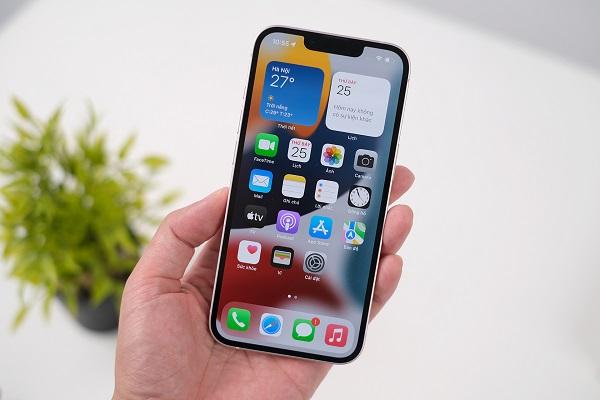 iPhone 13 được trang bị màn hình 6,1 inch